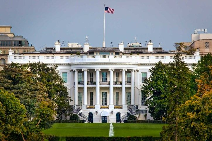 the_White_House_and_trees.width-1200